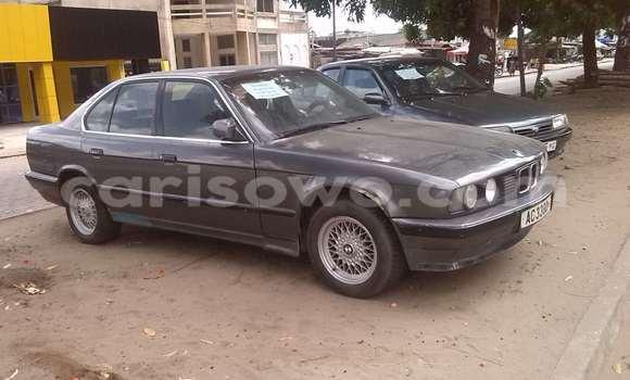 Acheter Occasions Voiture BMW 5-Series Noir à Cotonou au Benin