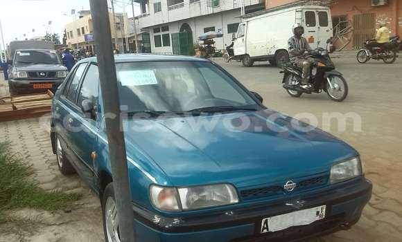 Acheter Occasion Voiture Nissan Sunny Bleu à Cotonou au Benin
