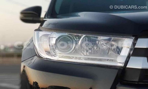 Acheter Importé Voiture Toyota Highlander Noir à Import - Dubai, Benin