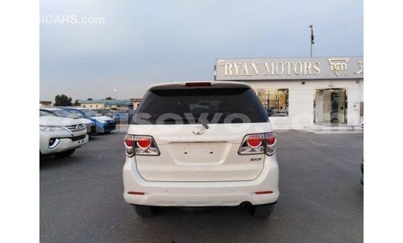 Sayi Imported Toyota Fortuner White Mota in Import - Dubai a Benin