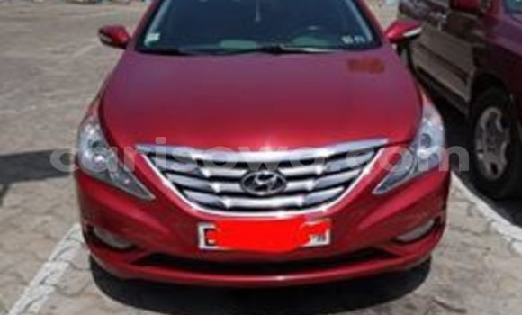 Acheter Occasion Voiture Hyundai Sonata Rouge à Cotonou, Benin