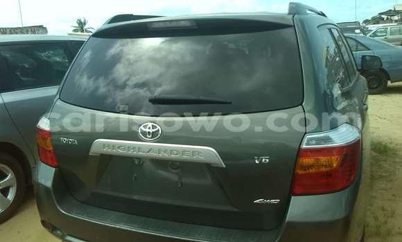 Acheter Occasion Voiture Toyota Highlander Vert à Porto Novo, Benin