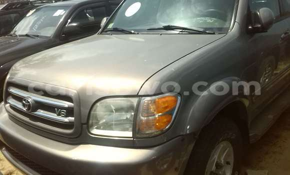 Acheter Occasions Voiture Toyota Sequoia Gris à Porto Novo au Benin