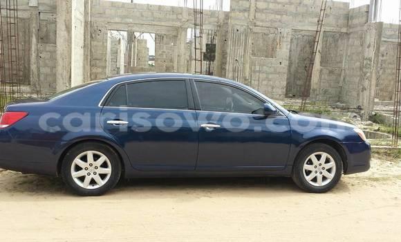 Acheter Occasion Voiture Toyota Avalon Bleu à Abomey Calavi au Benin