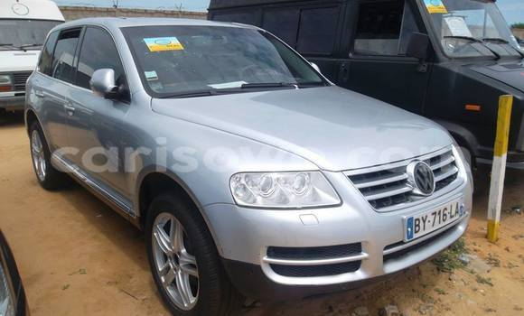 Acheter Occasion Voiture Volkswagen Touareg Gris à Cotonou, Benin