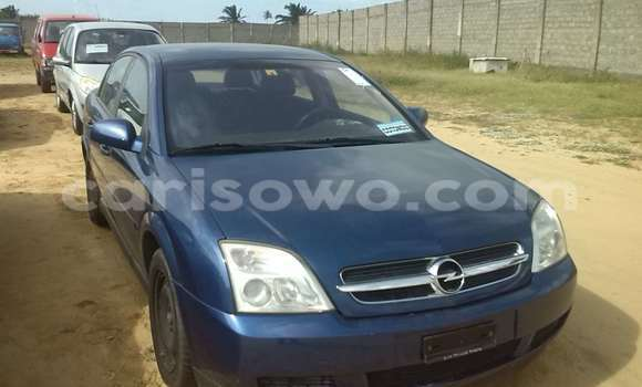 Acheter Occasions Voiture Opel Vectra Bleu à Porto Novo au Benin