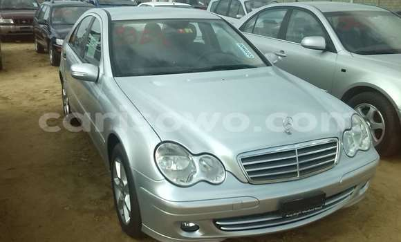 Acheter Occasions Voiture Mercedes‒Benz 300–Series Gris à Porto Novo au Benin