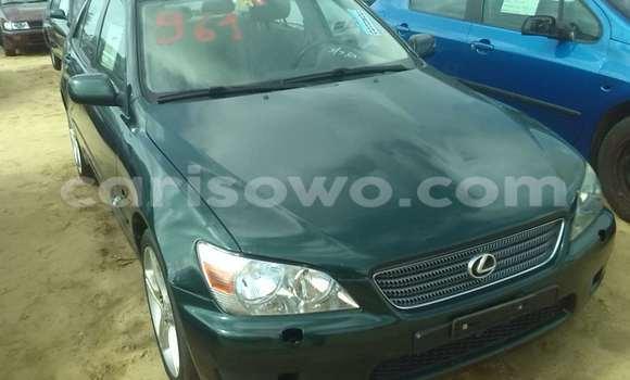 Acheter Occasion Voiture Lexus ES 300 Vert à Porto Novo, Benin