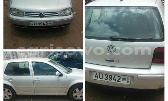 Acheter Occasion Voiture Volkswagen Golf Gris à Cotonou au Benin