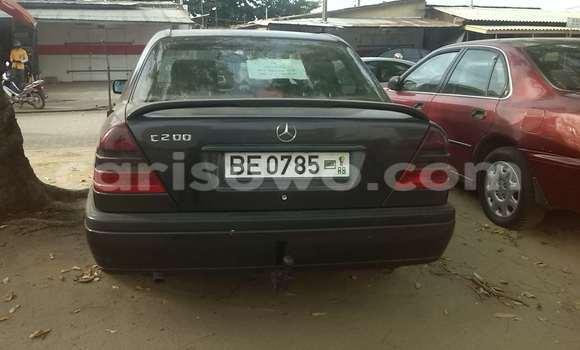Acheter Occasion Voiture Mercedes‒Benz 200 Vert à Cotonou au Benin