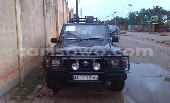 Acheter Occasion Voiture Nissan Prairie Noir à Abomey Calavi, Benin