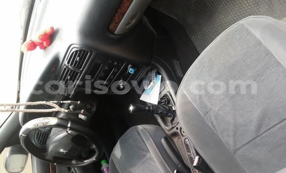 Acheter Occasions Voiture Peugeot 406 Vert à Cotonou au Benin