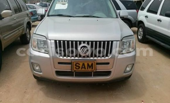 Acheter Occasions Voiture Ford Maverick Gris à Cotonou au Benin