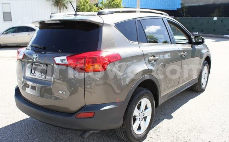 Big with watermark toyota rav4 benin cotonou 6346