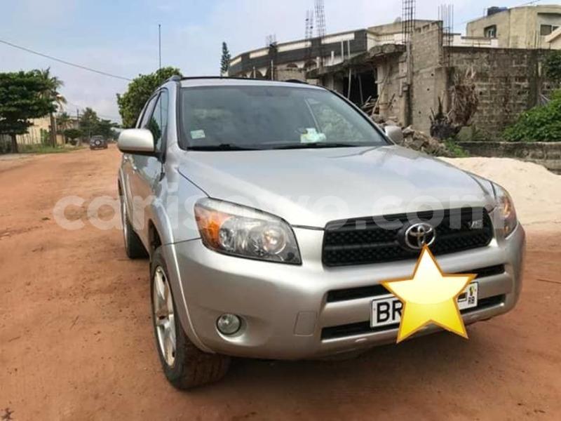 Big with watermark toyota rav4 benin cotonou 6376