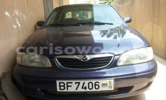 Acheter Occasion Voiture Mazda 626 Bleu à Cotonou au Benin