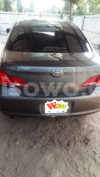 Big with watermark toyota avalon benin cotonou 6706