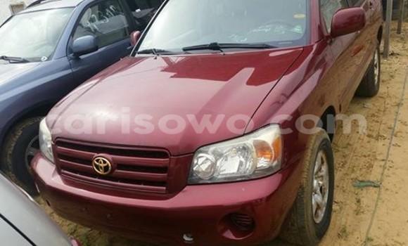 Acheter Occasion Voiture Toyota Harrier Rouge à Cotonou au Benin