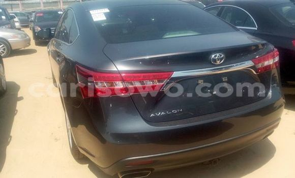 Acheter Occasion Voiture Toyota Avalon Noir à Cotonou, Benin