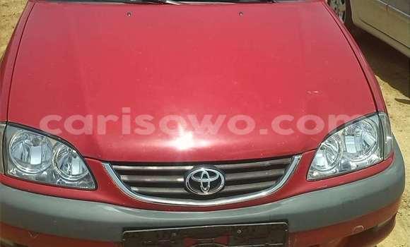 Acheter Occasions Voiture Toyota Avensis Rouge à Porto Novo au Benin