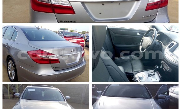 Acheter Occasion Voiture Hyundai Accent Gris à Cotonou au Benin