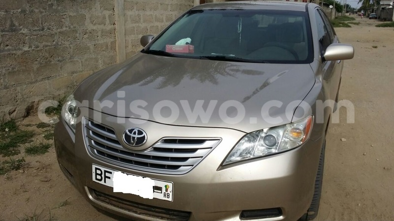 Big with watermark camry1