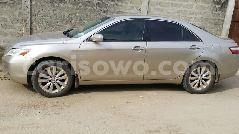 Big with watermark camry3