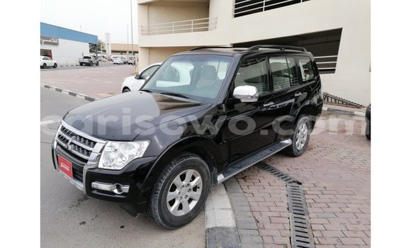 Medium with watermark mitsubishi pajero benin import dubai 7267