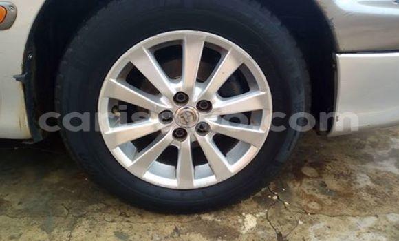 Acheter Occasion Voiture Toyota Avensis Gris à Abomey Calavi au Benin