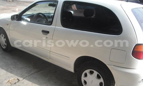 Acheter Occasion Voiture Nissan Almera Blanc à Cotonou, Benin
