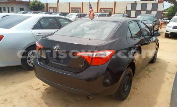 Acheter Occasion Voiture Toyota Corolla Noir à Savalou, Benin