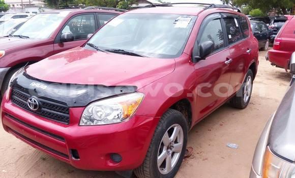 Acheter Occasion Voiture Toyota RAV4 Rouge à Savalou, Benin