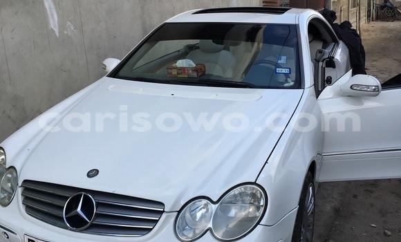 Acheter Occasion Voiture Mercedes‒Benz CLK-Class Blanc à Cotonou au Benin