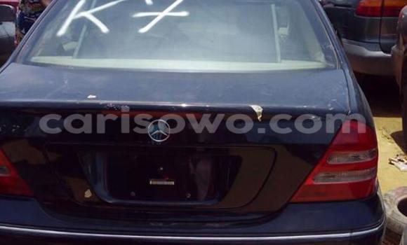 Acheter Occasion Voiture Mercedes‒Benz C–Class Bleu à Cotonou, Benin