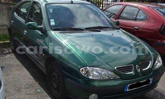 Acheter Neuf Voiture Volvo 990 Vert à Cotonou au Benin