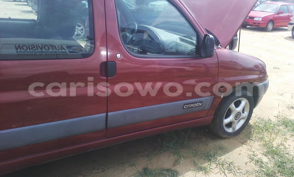 Acheter Occasion Voiture Citroen C4 Rouge à Porto Novo au Benin