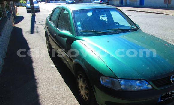 Acheter Occasion Voiture Opel Vectra Vert à Savalou, Benin