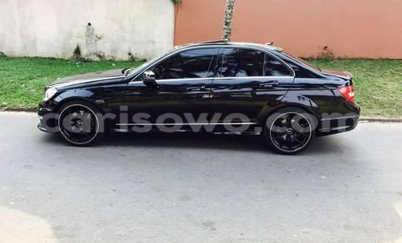 Acheter Occasion Voiture Mercedes‒Benz C–Class Noir à Cotonou, Benin