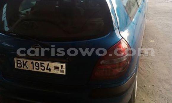Acheter Occasion Voiture Nissan Almera Bleu à Savalou, Benin