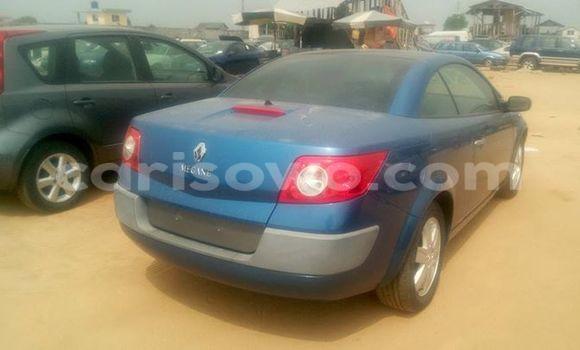 Acheter Occasions Voiture Renault Megane Bleu à Savalou au Benin