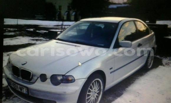 Acheter Occasions Voiture BMW 3-Series Blanc à Cotonou au Benin