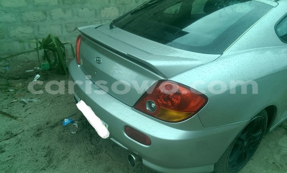Acheter Occasions Voiture Hyundai Coupe Gris à Porto Novo au Benin