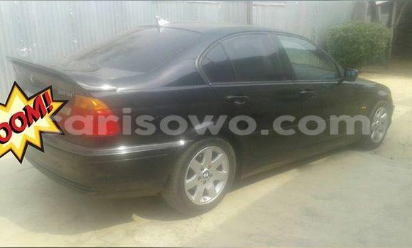 Acheter Occasions Voiture BMW 3–Series Noir à Savalou au Benin