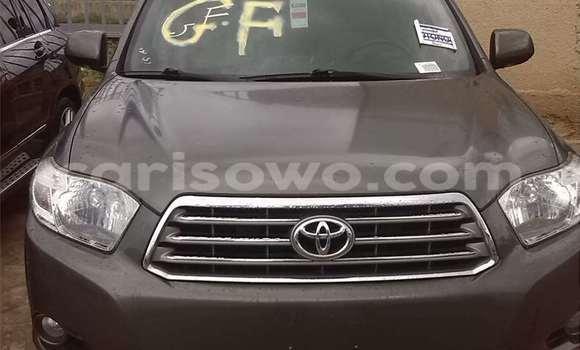 Acheter Occasion Voiture Toyota Highlander Noir à Porto Novo au Benin