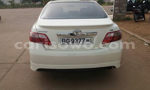 Acheter Occasion Voiture Toyota Camry Blanc à Savalou, Benin