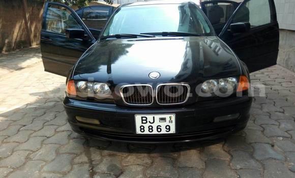 Acheter Occasions Voiture BMW 3–Series Noir à Savalou, Benin