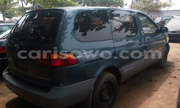 Acheter Occasions Voiture Toyota Sienna Autre à Savalou au Benin
