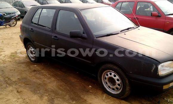 Acheter Occasions Voiture Volkswagen Golf Noir à Savalou au Benin