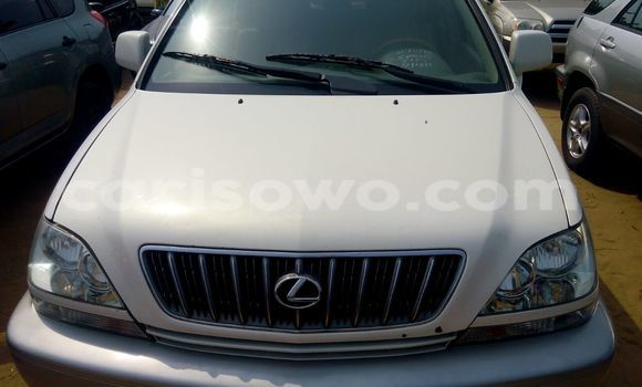 Acheter Neuf Voiture Lexus RX 300 Blanc à Cotonou, Benin