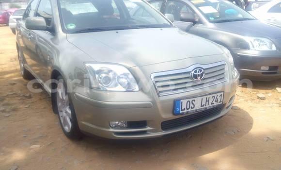 Acheter Occasions Voiture Toyota Avensis Gris à Savalou au Benin